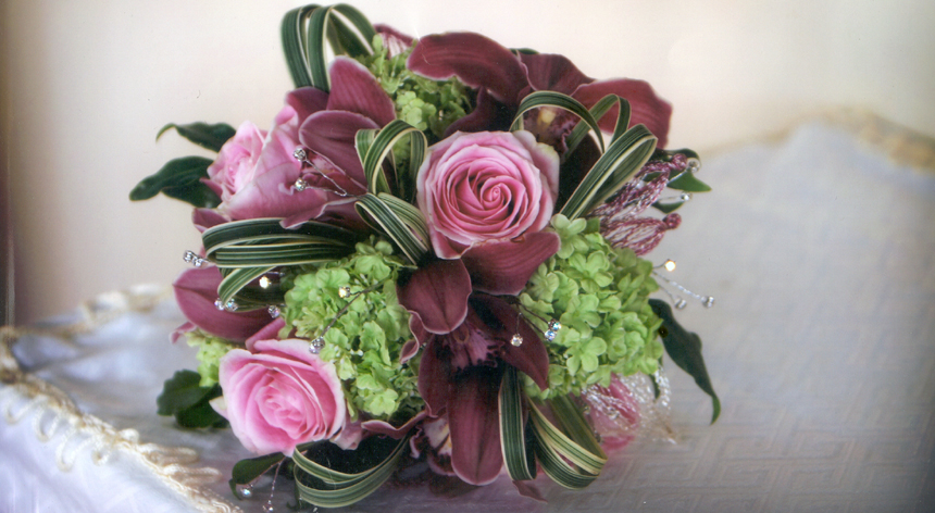 Ink & green wedding flower bouquet