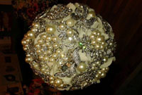 Jewelled bauble